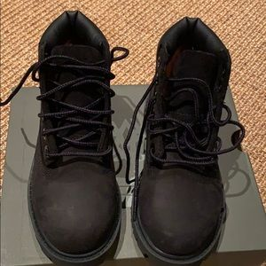 Timberland kids black nubuck boots sz 10